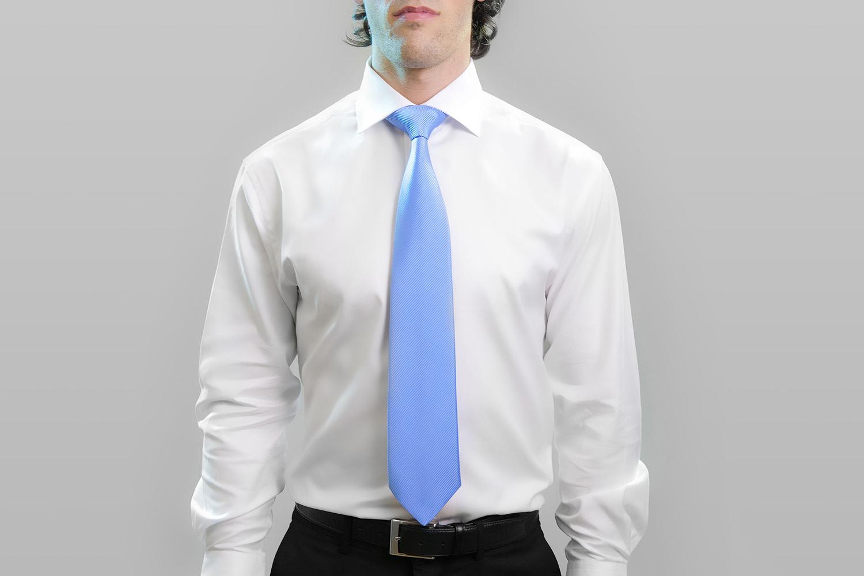 cravate bleu ciel un petit accessoire qui a du peps. Black Bedroom Furniture Sets. Home Design Ideas