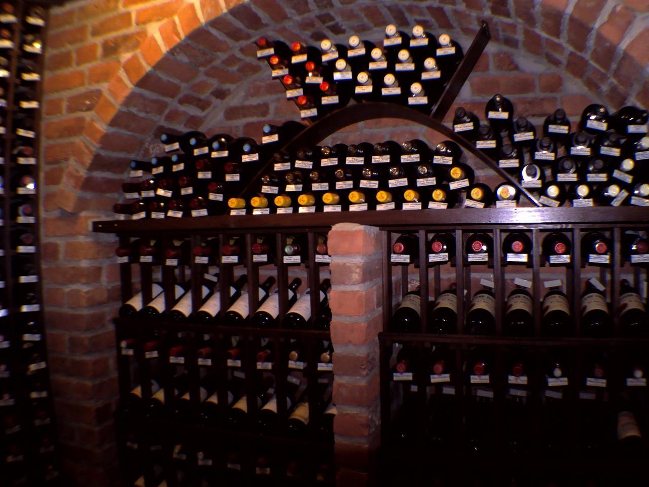D couvrez tous les atouts de la cave vin avec for Photo cave a vin