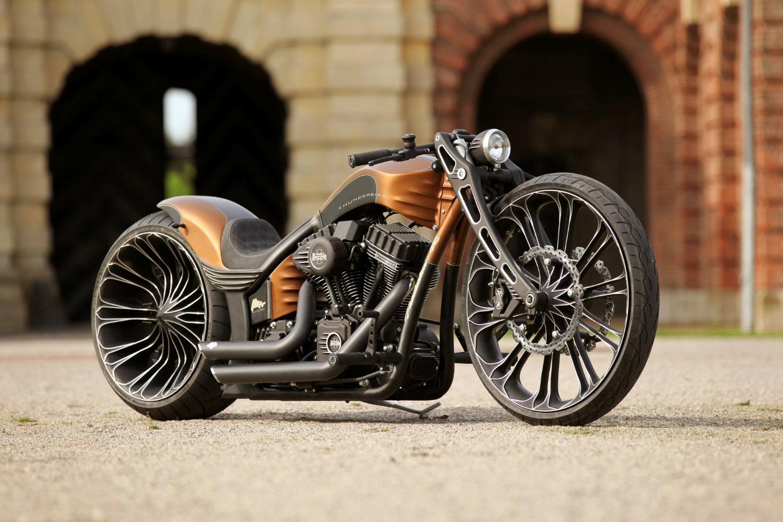 les meilleures motos du monde une s lection des meilleurs mod les. Black Bedroom Furniture Sets. Home Design Ideas